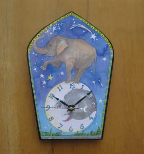 elephant_clock
