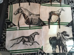 horse_bags