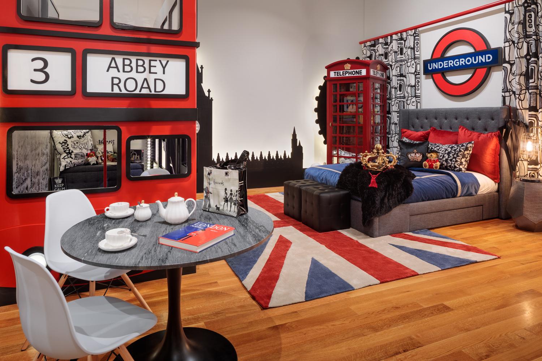 Children's Bedroom by Melinda Peters Elliott, Fine Designs & Interiors
